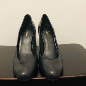 NWOT Nike Air Cole Haan Black Leather Heels 🌺